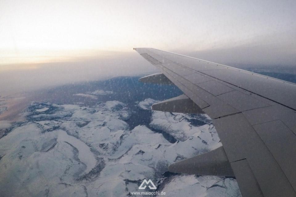Flug über die Lofoten